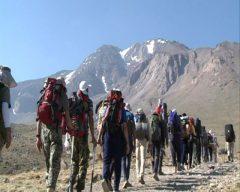 صعود مشترک کوهنوردان و مرزبانان آذربایجان غربی به قله ارویل سلماس