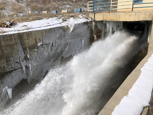 یک میلیون مترمکعب آب از سد دریک سلماس به دریاچه ارومیه رهاسازی میشود